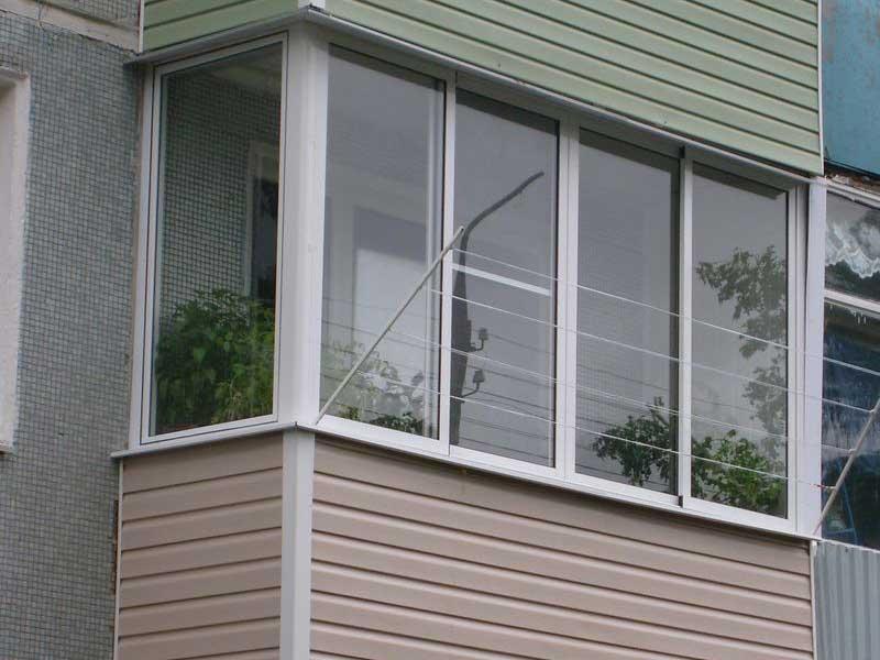 """Остекление балкона в хрущевке. цены и варианты компания """"окн."""
