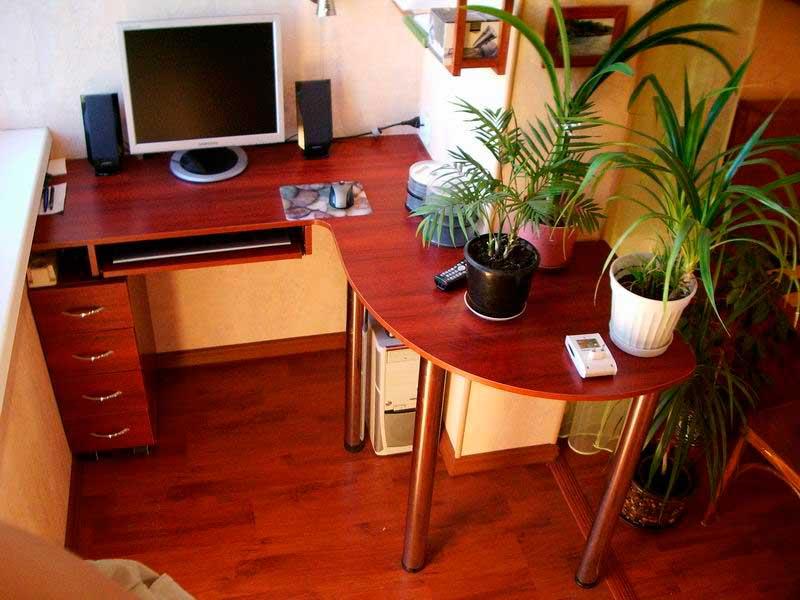 Балконные компьютерные столы. - ставим окна сами - каталог с.
