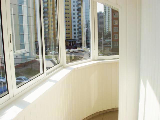 Остекление окон в помещениях, окон балконов и лоджий компани.
