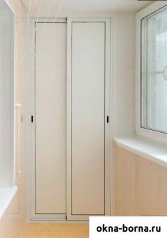 Раздвижной шкаф на лоджии, алюминиевый каркас и пластик